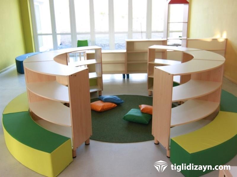 Kreş için örnek ahşap mobilya dizaynları
